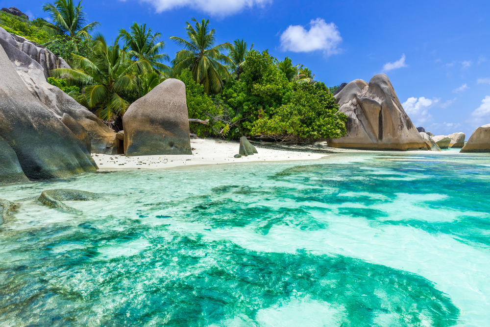 Seychelles holiday la digue international travel to for Garage de la digue